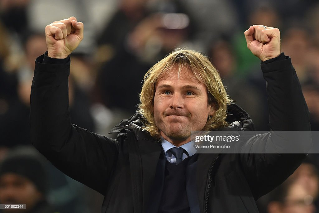 Juventus FC vice president <a gi-track='captionPersonalityLinkClicked' href=/galleries/search?phrase=Pavel+Nedved&family=editorial&specificpeople=211256 ng-click='$event.stopPropagation()'>Pavel Nedved</a> salutes the fans prior to the Serie A match betweeen Juventus FC and ACF Fiorentina at Juventus Arena on December 13, 2015 in Turin, Italy.