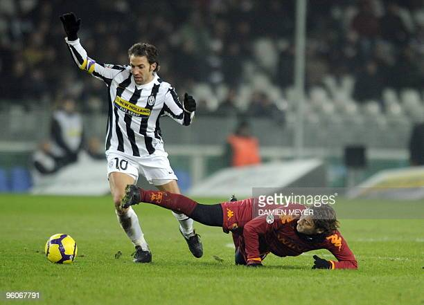 Juventus forward Alessandro Del Piero fights for the ball with AS Roma's forward Francesco Totti during the Serie A Italian football match Juventus...