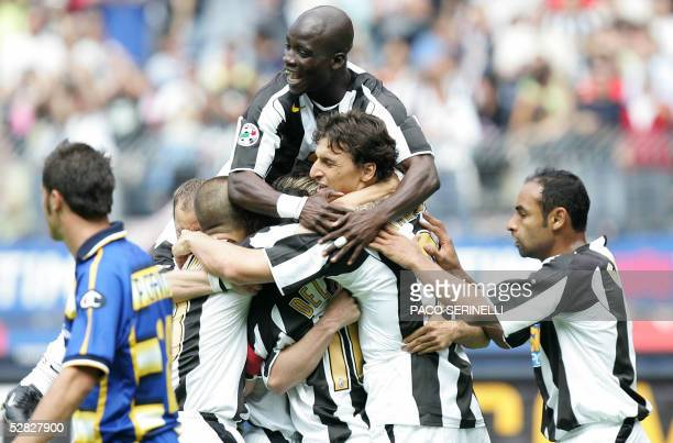 Juventus' forward Alessandro Del Piero is congratulated by his teammates Fabio Cannavaro Stephen Appiah Zlatan Ibrahimovic and Emerson after scoring...