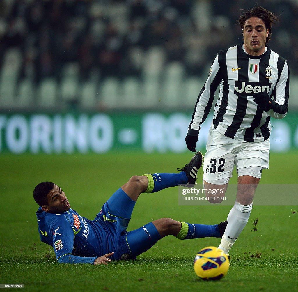 Juventus' forward Alessandro Matri (R) vies with Udinese's Brasilian midfielder Allan Marques Loureiro during their Serie A football match in Turin's Juventus Stadium on January 19, 2013. AFP PHOTO / FILIPPO MONTEFORTE