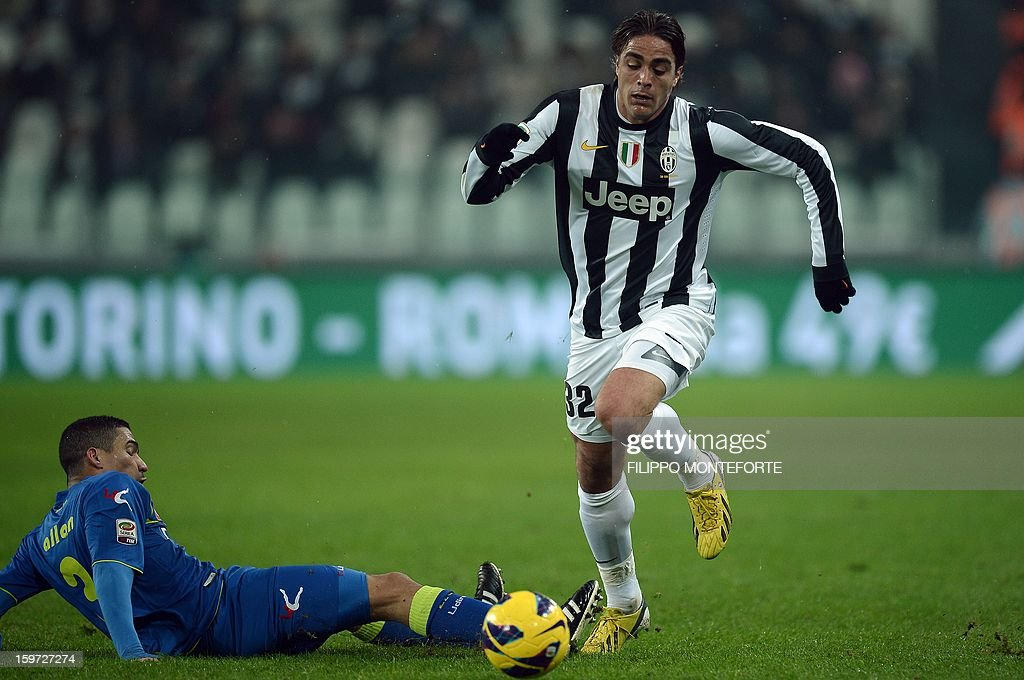 Juventus' forward Alessandro Matri (R) vies with Udinese's Brasilian midfielder Allan Marques Loureiro during their Serie A football match in Turin's Juventus Stadium on January 19, 2013.