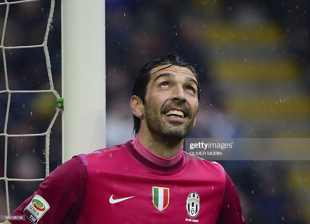 Juventus' goalkeeper Gianluigi Buffon reacts after a save during the Italian serie A football match between Inter Milan and Juventus, on March 30, 2013 at the San Siro stadium in Milan.