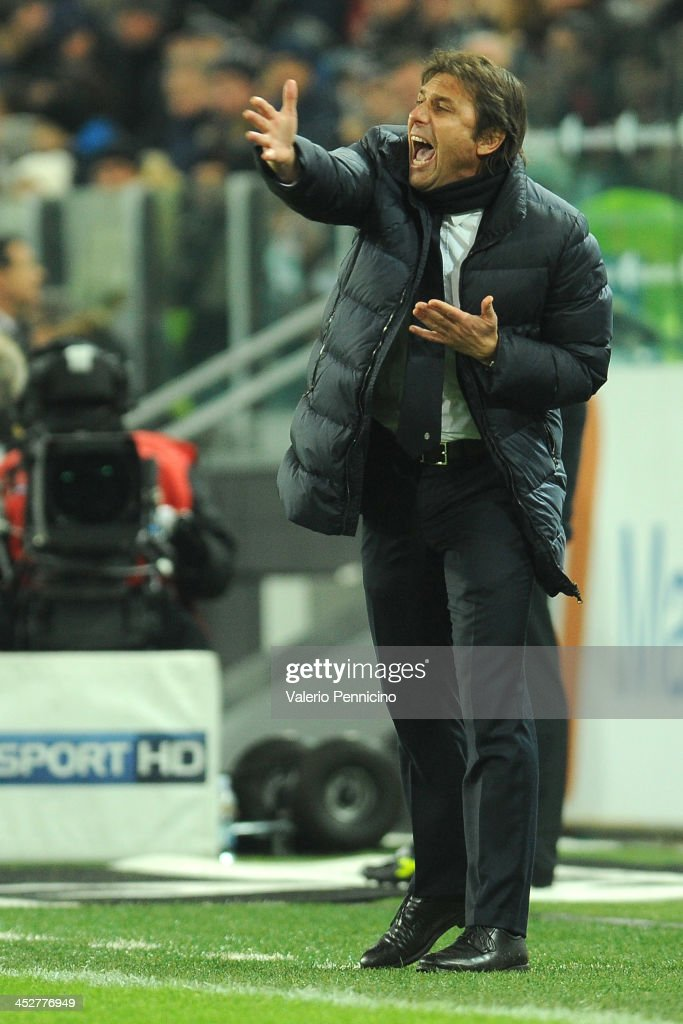 Juventus head coach <a gi-track='captionPersonalityLinkClicked' href=/galleries/search?phrase=Antonio+Conte&family=editorial&specificpeople=2379002 ng-click='$event.stopPropagation()'>Antonio Conte</a> shouts to his players during the Serie A match between Juventus and Udinese Calcio at Juventus Arena on December 1, 2013 in Turin, Italy.