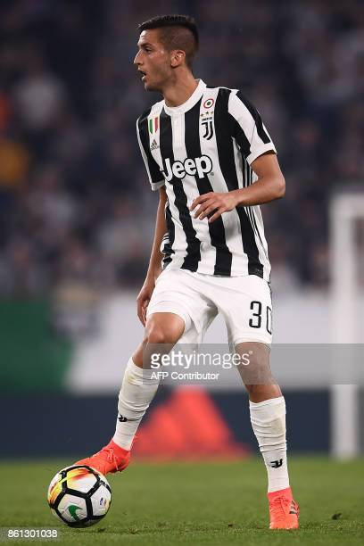 Juventus' midfielder Rodrigo Bentancur from Uruguay controls the ball during the Italian Serie A football match Juventus Vs Lazio on October 14 2017...