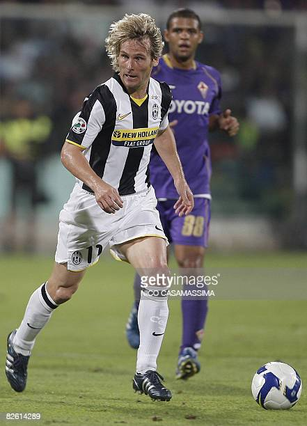 Juventus' Pavel Nedved runs the ball against Fiorentina during their Serie A football match at Artemio Franchi stadium in Florence on August 31 2008...