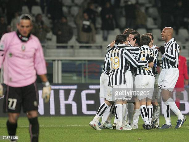 Juventus players celebrate after David Trezeguet scored during the Serie B match between Juventus and Arezzo at the Stadio Delle Alpi on December 22...