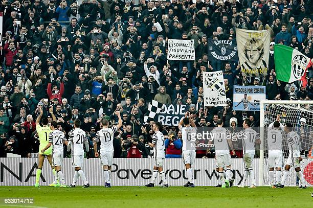 Juventus players celebrate the victory during the Serie A match between Sassuolo and Juventus at Mapei Stadium Reggio Emilia Italy on 29 January 2017...