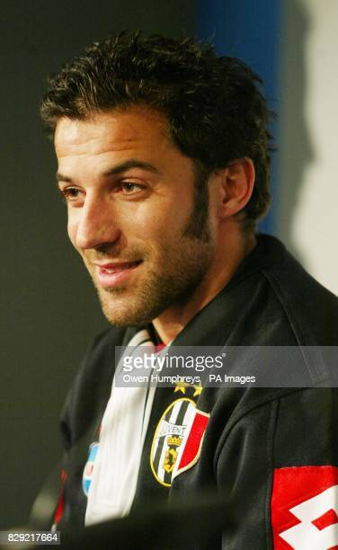 Juventus striker Alessandro Del Piero listens to coach Marcello Lippi during a news conference 2 at Newcastle United's St James's Park ground ahead...