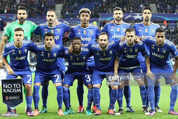 Juventus team before the Uefa Champions League group stage football match n3 LYON JUVENTUS on at the Parc Olympique Lyonnais in Lyon France