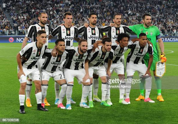 Juventus team players pose for a photo during the UEFA Champions League Round of 4 first leg match between FC Juventus and Barcelona FC at Juventus...