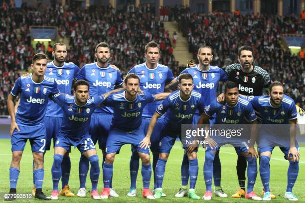 Juventus team poses in order to be photographed before the Uefa Champions League semi finals football match MONACO JUVENTUS on at the Stade Louis II...