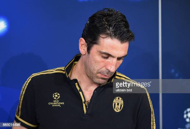 FUSSBALL Juventus Turin FC Bayern Muenchen Pressekonferenz Juventus Turin Torwart Gianluigi Buffon