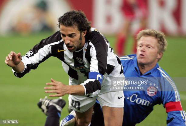 Juventus Turin's midfielder Alessandro Del Piero vies with Bayern Munich's German goalkeeper Oliver Kahn during their Champions League group C...