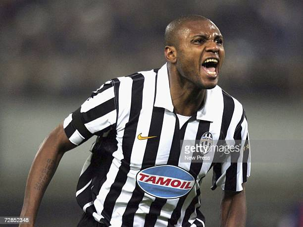 Juventus' Zalayeta celebrates scoring the only goal of the Serie B match between Juventus and Bologna December 19 2006 in Bologna Italy