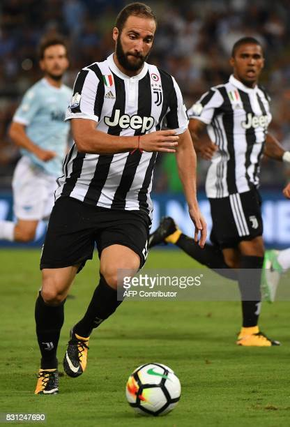 Juventus's forward Gonzalo Higuain controls the ball during the Italian SuperCup TIM football match Juventus vs lazio on August 13 2017 at the...