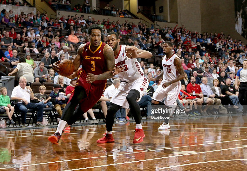 Juvonte Reddic #3 of the Canton Charge drives past <a gi-track='captionPersonalityLinkClicked' href=/galleries/search?phrase=Jabril+Trawick&family=editorial&specificpeople=8627465 ng-click='$event.stopPropagation()'>Jabril Trawick</a> #23 of the Sioux Falls Skyforce during their NBA D-League Eastern Conference Playoff game at the Sanford Pentagon April 17, 2016 in Sioux Falls, South Dakota.
