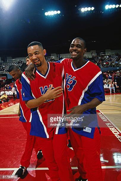 Juwan Howard and Chris Webber of the Sacramento Kings prior to the NBA game in Washington DC NOTE TO USER User expressly acknowledges and agrees that...