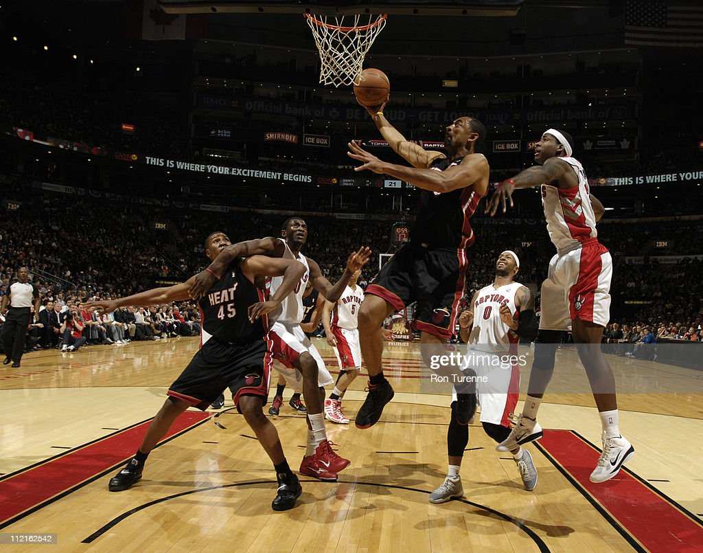 <a gi-track='captionPersonalityLinkClicked' href=/galleries/search?phrase=Juwan+Howard&family=editorial&specificpeople=201642 ng-click='$event.stopPropagation()'>Juwan Howard</a> #5 of the Miami Heat shoots against the Toronto Raptors during a game on April 13, 2011 at the Air Canada Centre in Toronto, Ontario, Canada.