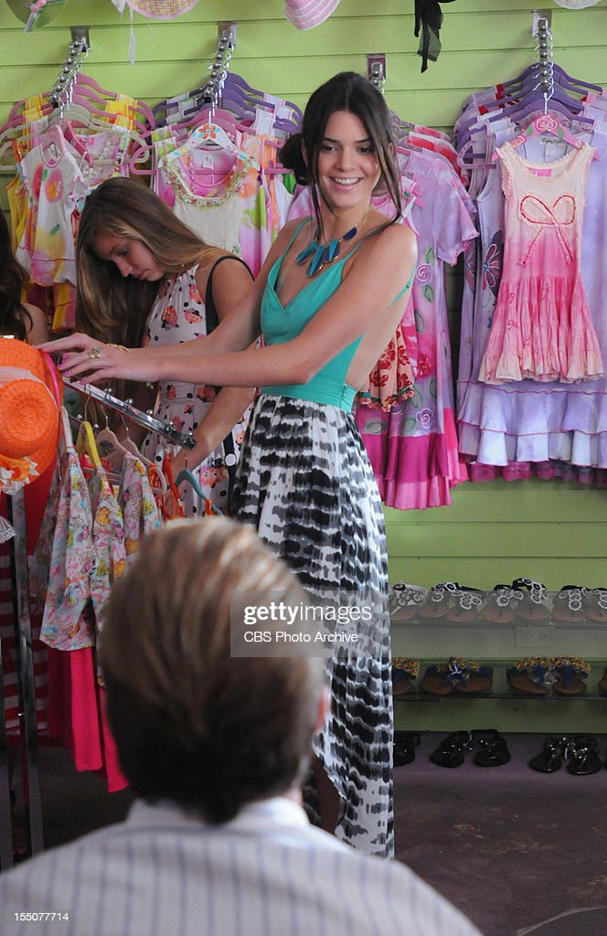 'I Ka Wa Mamua' --Kendall Jenner guest stars as a shop girl helping Danny and his daughter dress shop for their upcoming father-daughter dance on HAWAII FIVE-0, Monday, Nov. 5 (10:00-11:00 PM, ET/PT) on the CBS Television Network. (Photo by Norman Shapiro/CBS via Getty Images) *** Local Caption)
