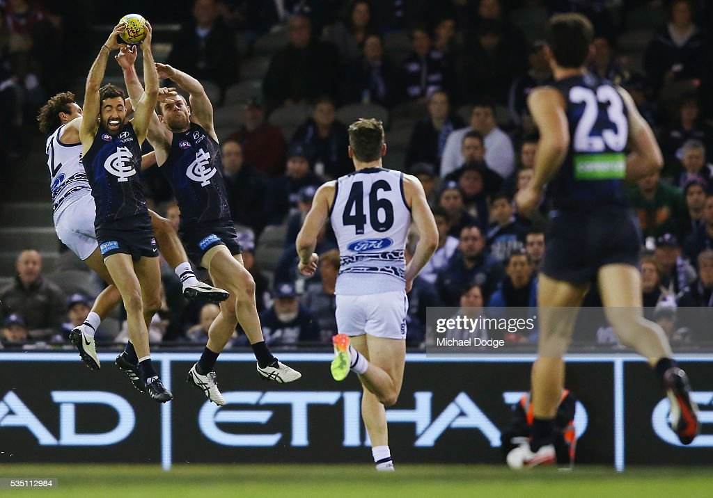 Kade Simpson of the Blues takes a courageous mark during the round 10 AFL match between the Carlton Blues and the Geelong Cats at Etihad Stadium on May 29, 2016 in Melbourne, Australia.