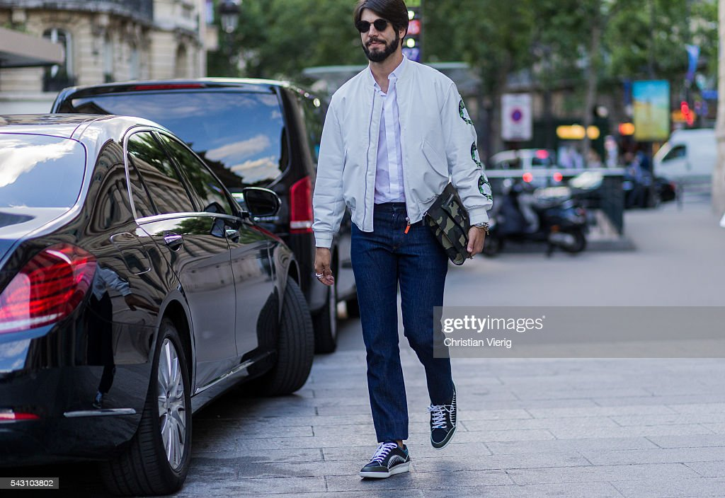 Kadu Dantas outside Hermes during the Paris Fashion Week Menswear Spring/Summer 2017 on June 25, 2016 in Paris, France.