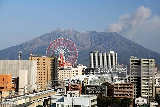 鹿児島市と Sakurajima 活火山