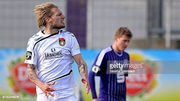 Kai Gehring of Grossaspach reacts after scoring the equalizer during the 3 Liga match between VfL Osnabrueck and SG Sonnenhof Grossaspach at Osnatel...