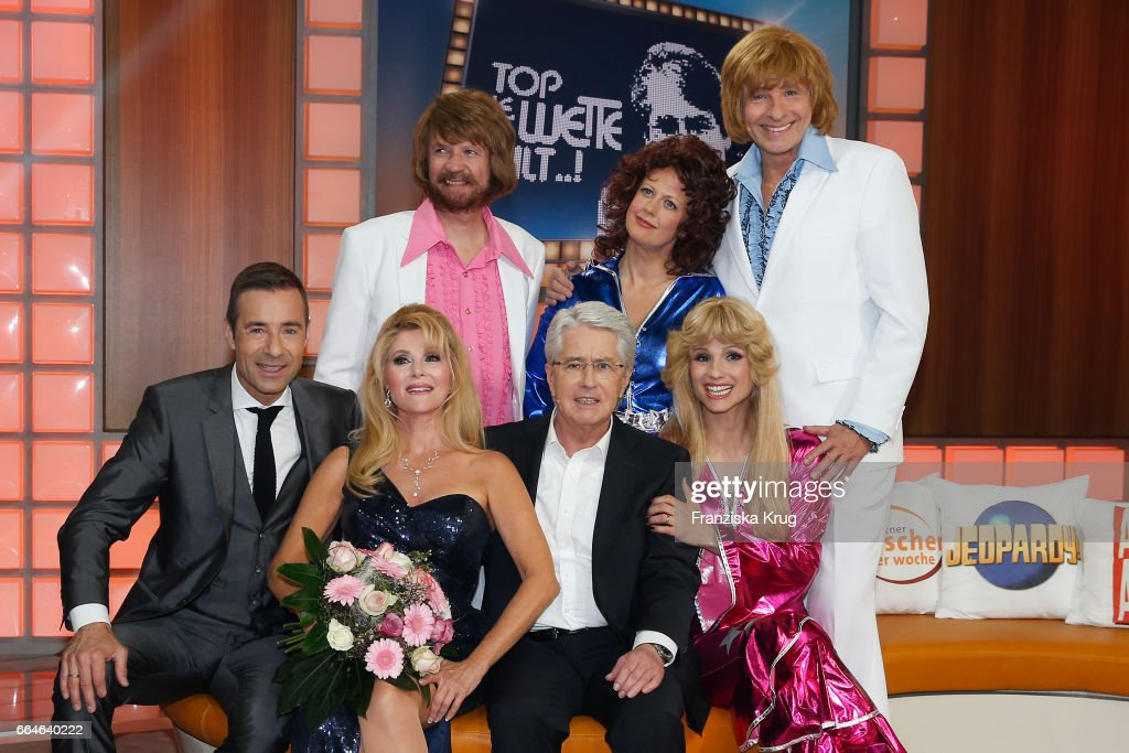 Kai Pflaume, Audrey Landers ,Guenther Jauch, Barbara Schoeneberger, Frank Elstner, Michelle Hunziker and Thomas Gottschalk during the photo call for TV Show 'Top, die Wette gilt! 75 Jahre Frank Elstner' in Berlin at on April 4, 2017 in Berlin, Germany.