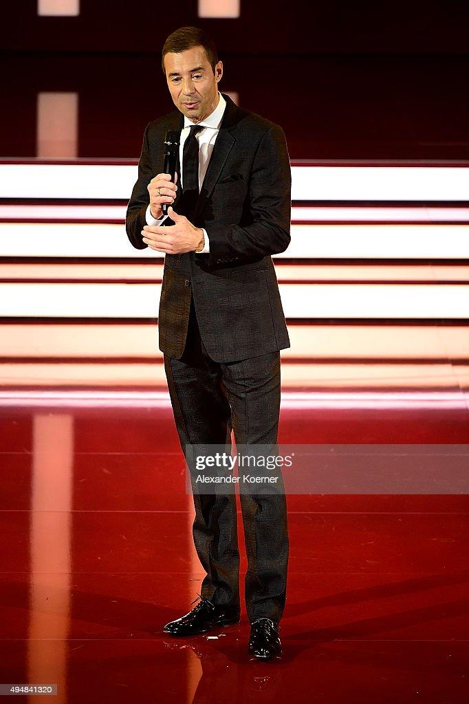Kai Pflaume is seen during the 'Goldene Bild Der Frau' Award 2015 at Stage Operettenhaus on October 29 2015 in Hamburg Germany