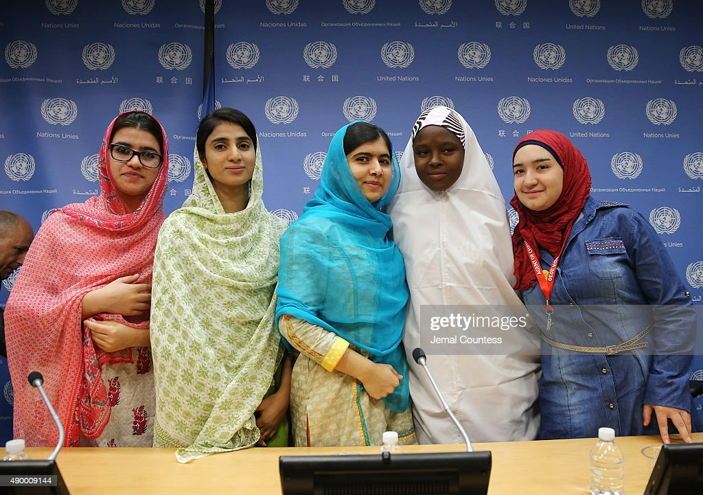 Kainat, Shazia, <a gi-track='captionPersonalityLinkClicked' href=/galleries/search?phrase=Malala+Yousafzai&family=editorial&specificpeople=5849423 ng-click='$event.stopPropagation()'>Malala Yousafzai</a>, Amina and Salam pose for a photo at a press conference during the United Nations General Assembly at the United Nations on September 25, 2015 in New York City.