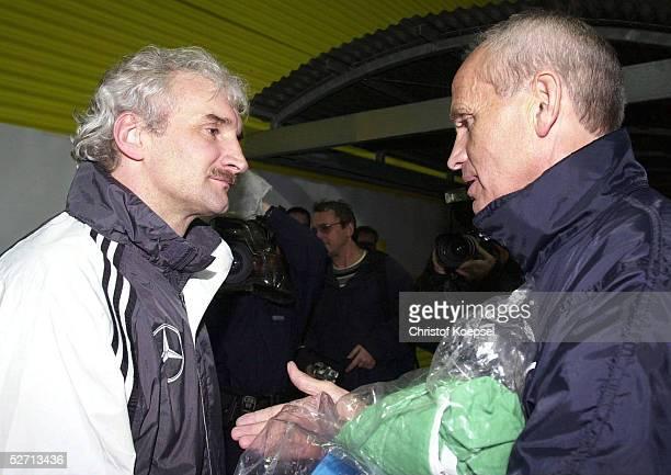 DEUTSCHLAND 2002 Kaiserslautern TRAINING TEAMCHEF Rudi VOELLER/GER TRAINER Richard MOELLERNIELSEN/ISR