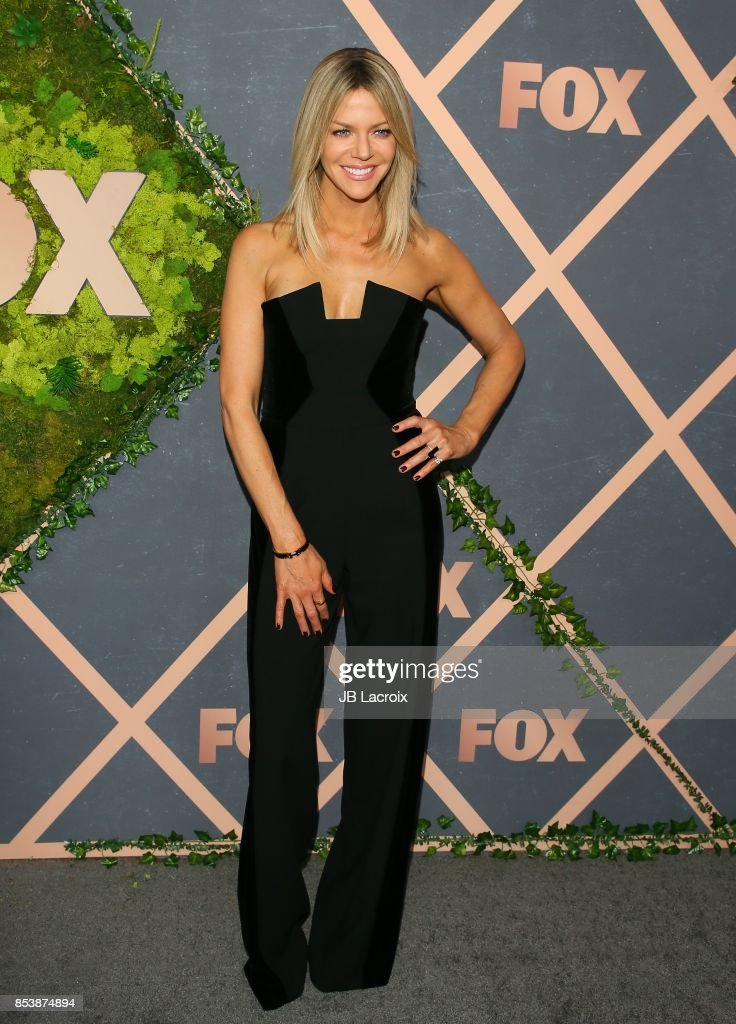 Kaitlin Olson attends the FOX Fall Party on September 25, 2017 in Los Angeles, California.