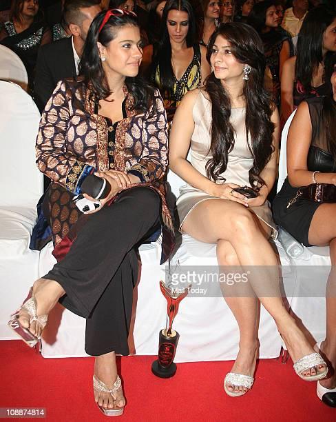 Kajol with sister Tanisha Mukherjee during the Stardust Awards function in Mumbai on Sunday evening