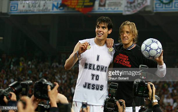 Kaka and Massimo Ambrosini of Milan celebrate following their teams 21 victory during the UEFA Champions League Final match between Liverpool and AC...