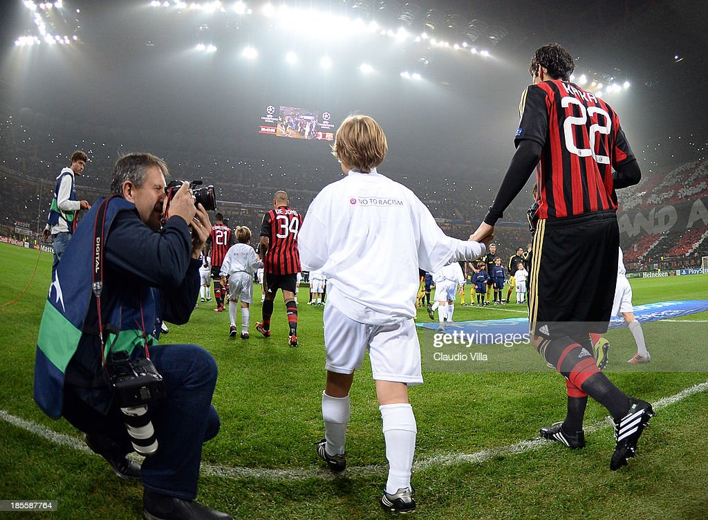 Kaka of AC Milan #22 enters the pitch before the UEFA Champions League Group H match between AC Milan and Barcelona at Stadio Giuseppe Meazza on October 22, 2013 in Milan, Italy.
