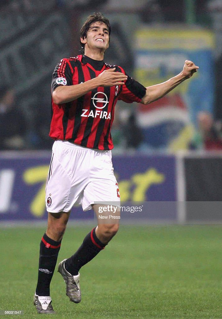 kaka-of-ac-milan-in-action-during-the-serie-a-match-between-ac-milan-picture-id56031547