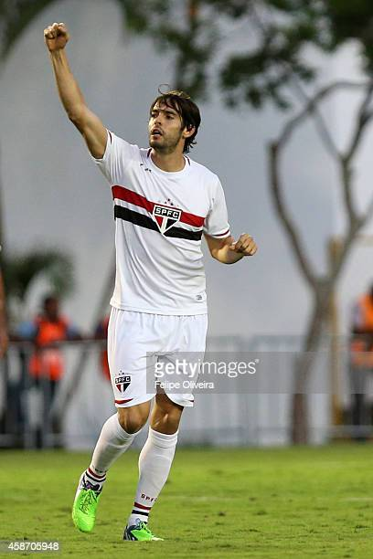 Kaka of Sao Paulo celebrate a scored goal during the match between Vitoria and Sao Paulo as part of Brasileirao Series A 2014 at Estadio Manoel...