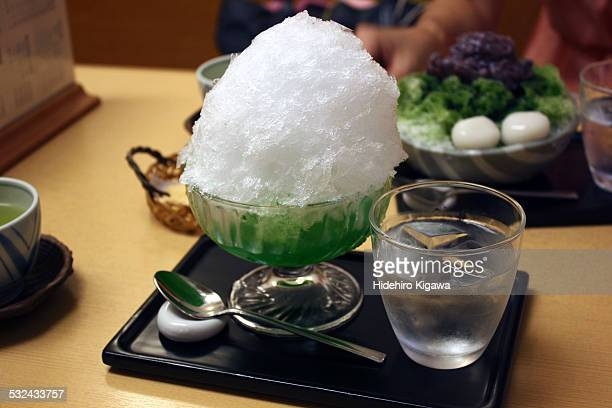 Kakigori with melon syrup