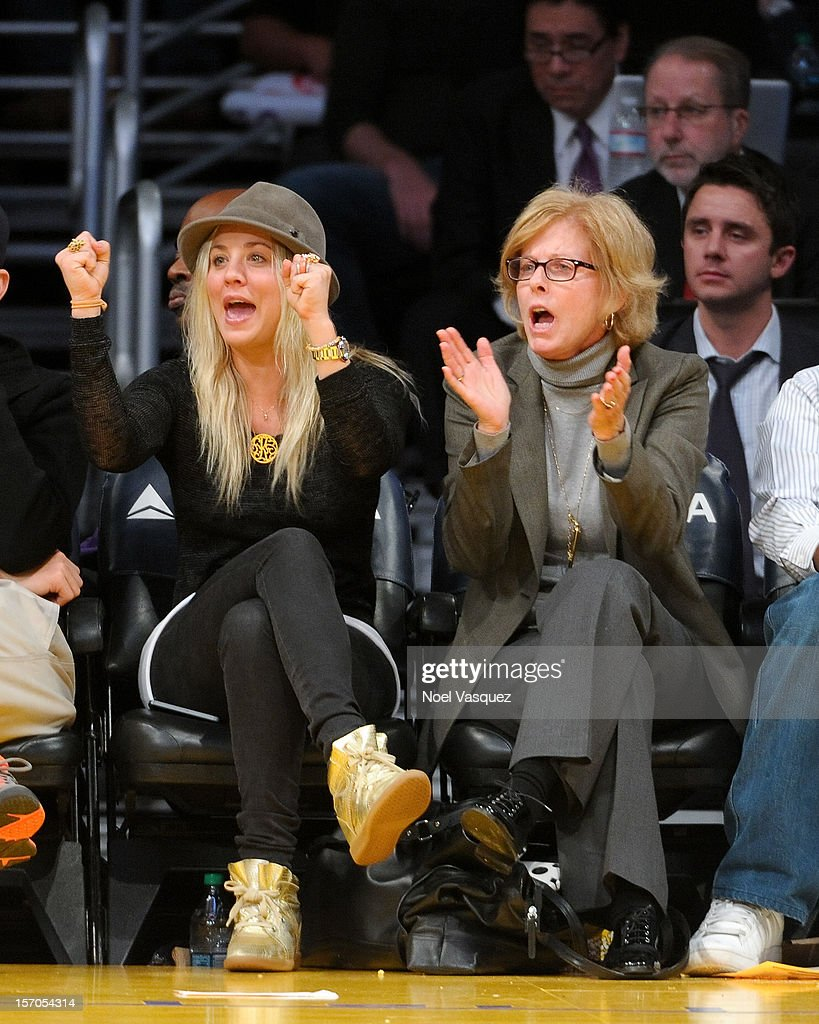 <a gi-track='captionPersonalityLinkClicked' href=/galleries/search?phrase=Kaley+Cuoco&family=editorial&specificpeople=208988 ng-click='$event.stopPropagation()'>Kaley Cuoco</a> (L) attends a basketball game between the Indiana Pacers and the Los Angeles Lakers at Staples Center on November 27, 2012 in Los Angeles, California.
