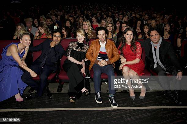 Kaley Cuoco Kunal Nayyar Melissa Rauch Simon Helberg Mayim Bialik and Johnny Galecki at the PEOPLE'S CHOICE AWARDS 2017 the only major awards show...
