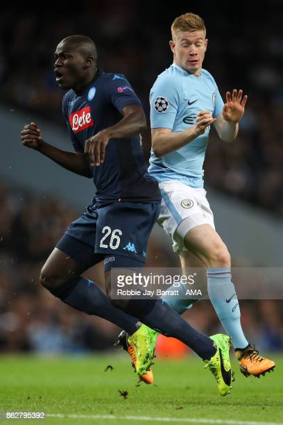 Kalidou Koulibaly of Napoli and Kevin De Bruyne of Manchester City during the UEFA Champions League group F match between Manchester City and SSC...