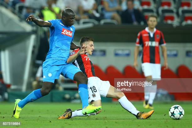 Kalidou Koulibaly of Napoli and Remi Walter of Nice during the UEFA Champions League Qualifying PlayOffs round second leg match between OGC Nice and...