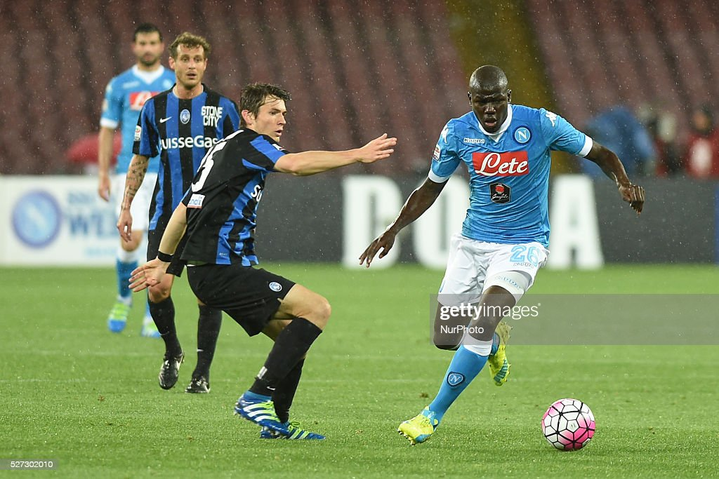 <a gi-track='captionPersonalityLinkClicked' href=/galleries/search?phrase=Kalidou+Koulibaly&family=editorial&specificpeople=7815250 ng-click='$event.stopPropagation()'>Kalidou Koulibaly</a> of SSC Napoli during the italian Serie A football match between SSC Napoli and Atalanta BC at San Paolo Stadium on May 2, 2016 in Naples,Italy.