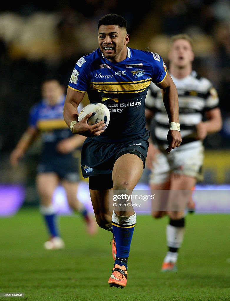 Kallum Watkins of Leeds Rhinos in action during the First Utility Super League match between Hull FC and Leeds Rhinos at KC Stadium on March 5 2015...