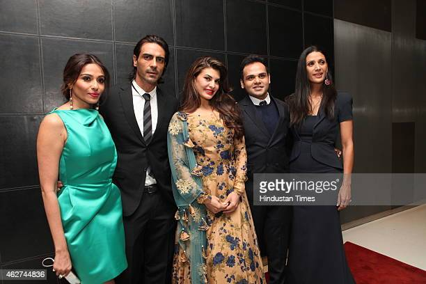 Kalyani Saha Chawla actor Jacqueline Fernandez actor Arjun Rampal Ashiesh Shah and Mehr Jesia Rampal during India Art Fair closing party at Le...