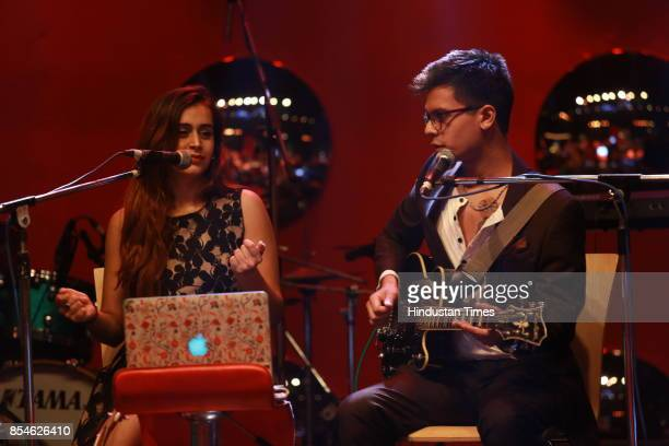Kamakshi Khanna performs during an art exhibition organised by veteran artist Satish Gujral on September 22 2017 in New Delhi India At the event...