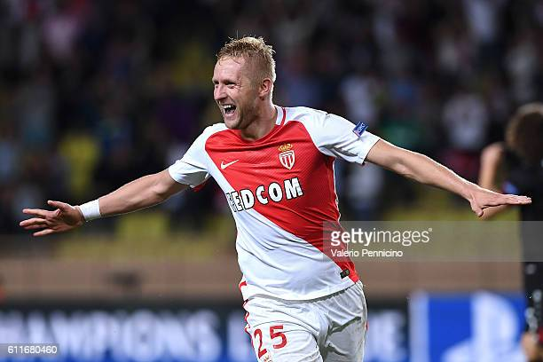 Kamil Glik of AS Monaco FC celebrates after scoring the equalizer goal during the UEFA Champions League Group E match between AS Monaco FC and Bayer...