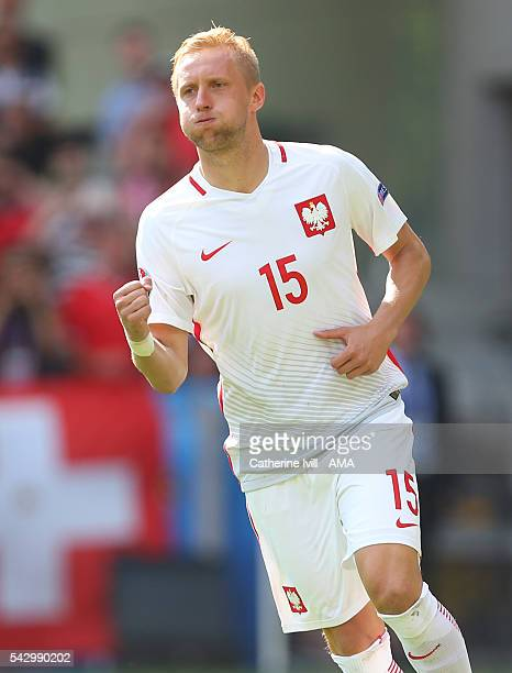 Kamil Glik of Poland celebrates scoring his penalty during the UEFA EURO 2016 Round of 16 match between Switzerland v Poland at Stade...
