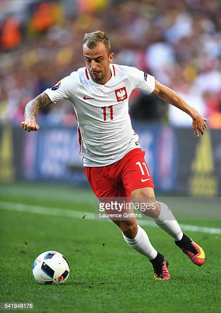 Kamil Grosicki of Poland runs with the ball during the UEFA EURO 2016 Group C match between Ukraine and Poland at Stade Velodrome on June 21 2016 in...