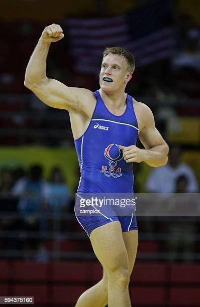 Kampf um Bronze Adam Weeler und Tean Young Han KOR Ringen Finale Herren Mnner Griechisch Rmisch 96 KG Olympische Sommerspiele 2008 in Peking olympic...